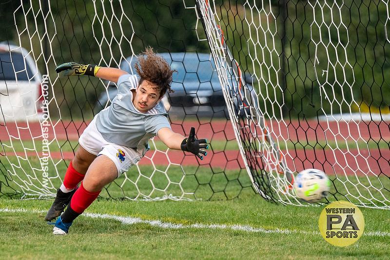 Boys Soccer_GCC vs Jeannette_20200924-KR1_1153