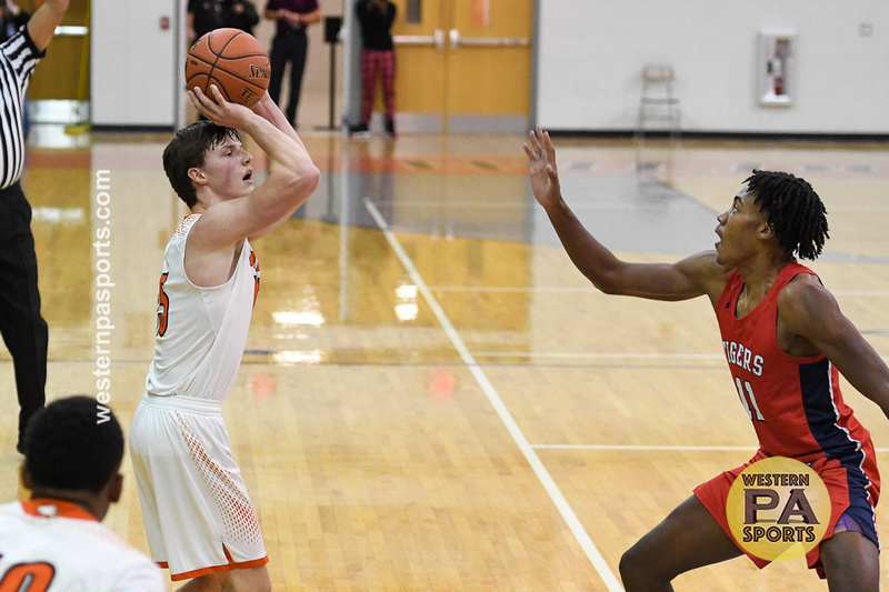 Boys Hoops-Latrobe vs McKeesport_20210112-KR1_0013