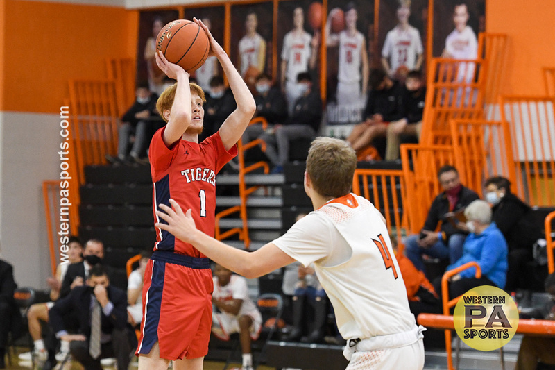 Boys Hoops-Latrobe vs McKeesport_20210112-KR1_0335