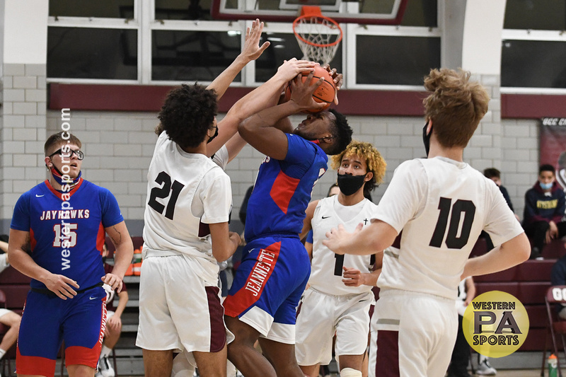 Boys Hoops-GCC vs Jeannette_20210205-KR1_9679